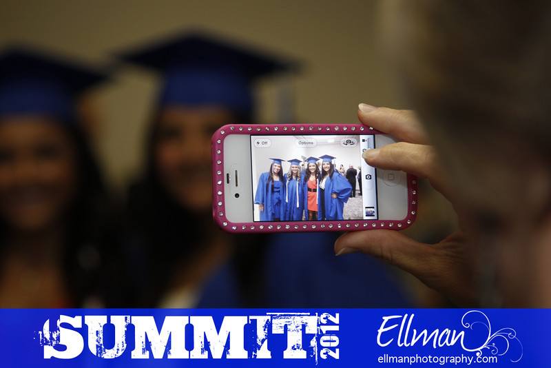 2012summit_graduation_003