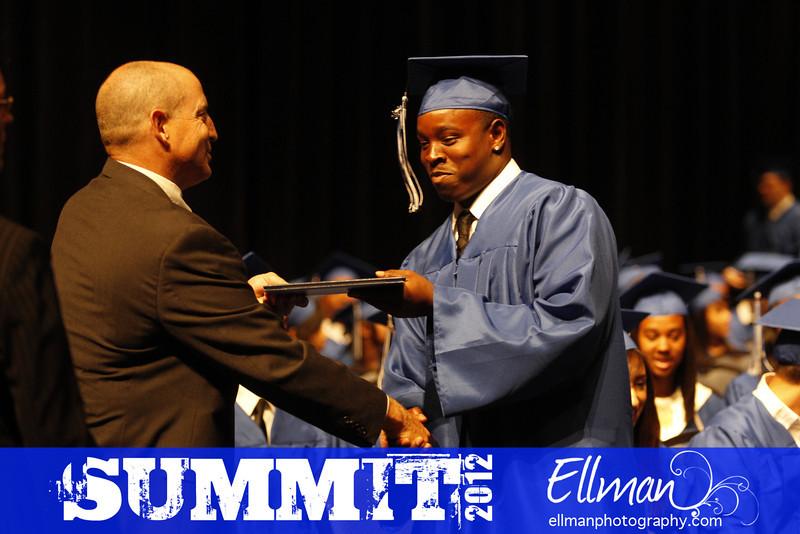 2012summit_graduation_613