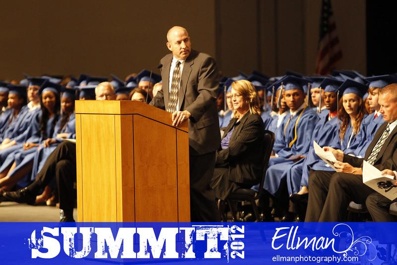 2012summit_graduation_403