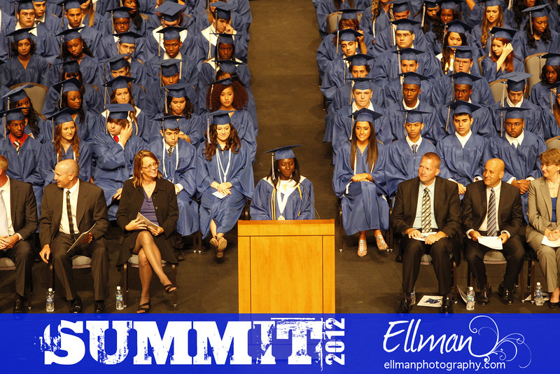 2012summit_graduation_304