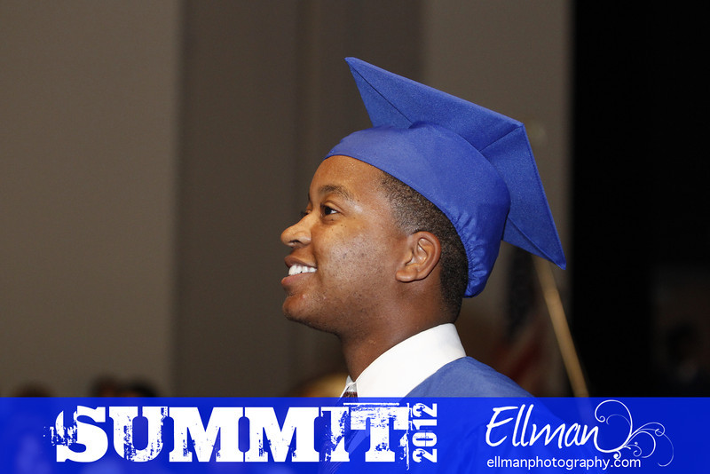 2012summit_graduation_651