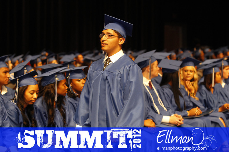 2012summit_graduation_607