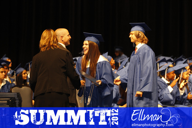 2012summit_graduation_701