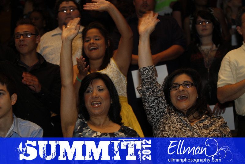 2012summit_graduation_220