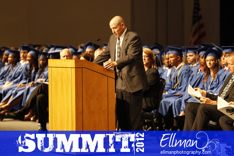 2012summit_graduation_402