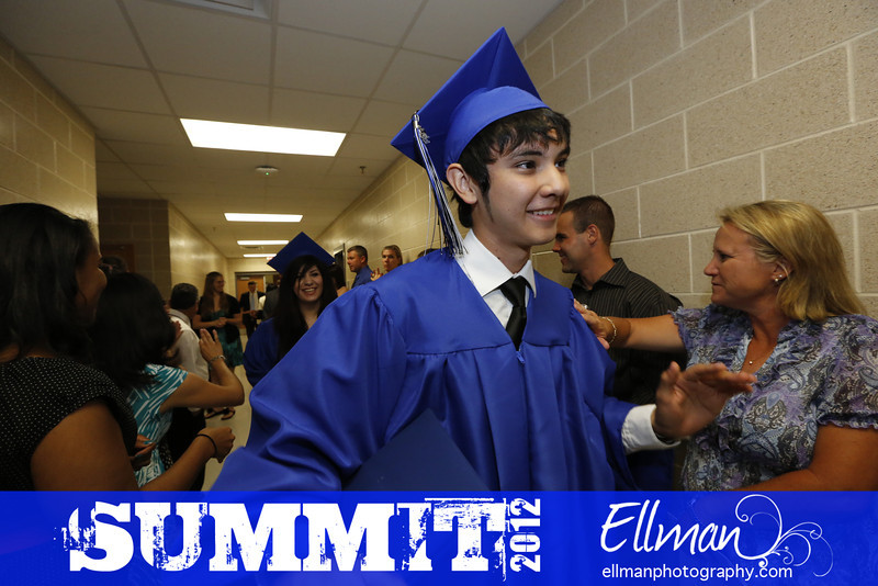 2012summit_graduation_503