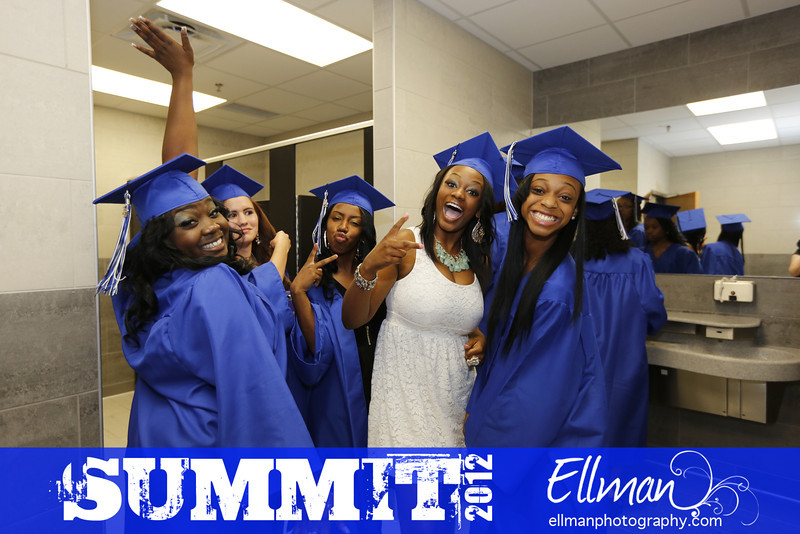 2012summit_graduation_150