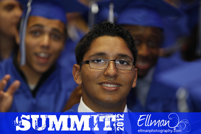 2012summit_graduation_101