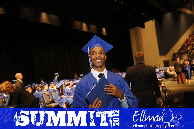 2012summit_graduation_713