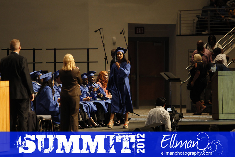 2012summit_graduation_795