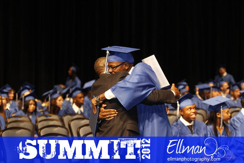 2012summit_graduation_561