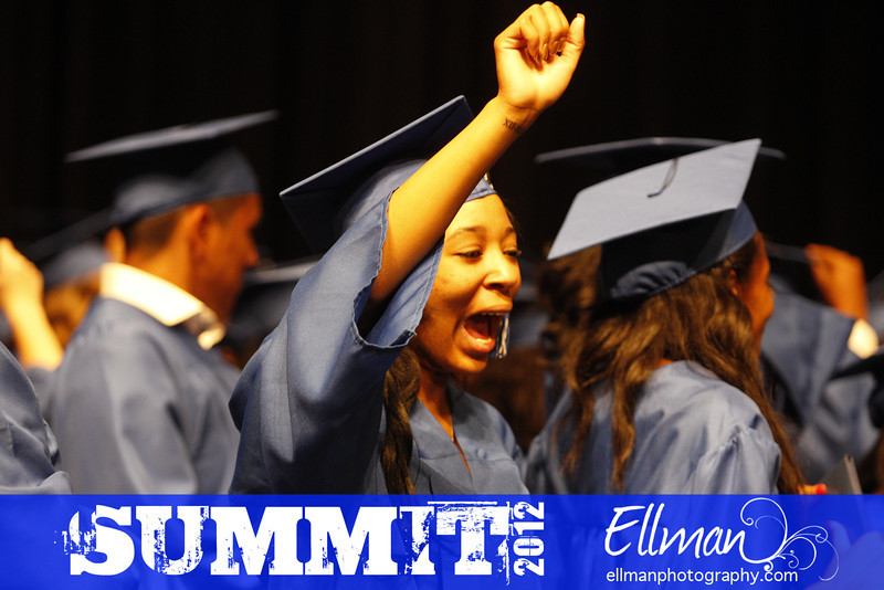 2012summit_graduation_845
