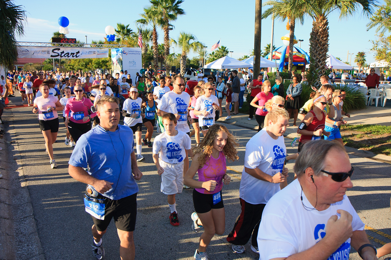 2011 Race For Fetal Hope 5K in Atlantic Beach, Florida.  Photo: James Vernacotola