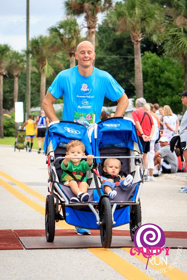 The Great Candy Run 2013, Atlantic Beach, Florida.  Photograph: James Vernacotola -