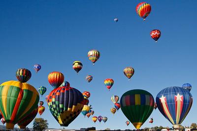 """Mass Ascension"" the Great Reno Balloon Races, Fri. 9/5/08."