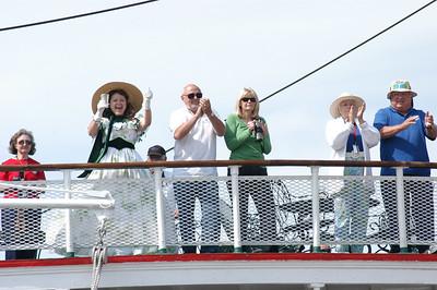 Appreciative music lovers aboard the Delta Queen