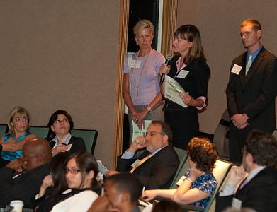 ImagesBySheila-DC Cares Service Award_CB5083
