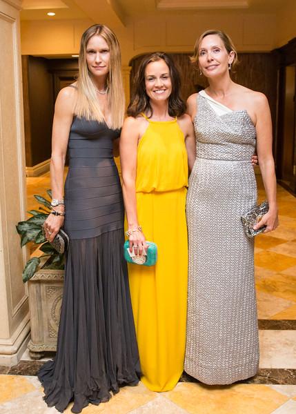 5D3_8619 Christina Truesdale, Leigh Teixeira and Jennifer Roach