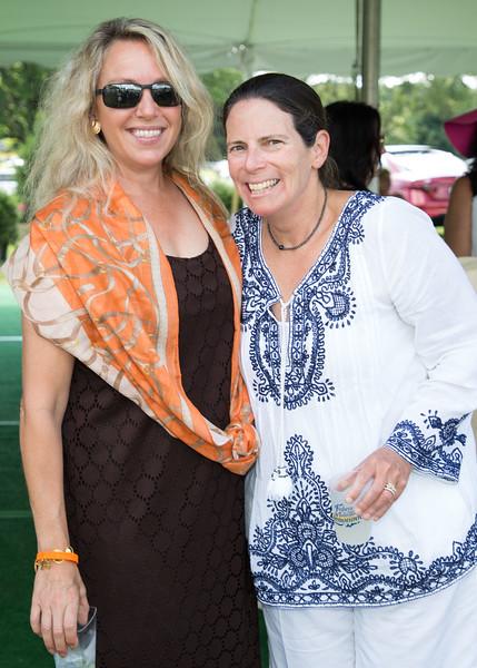 5D3_5427 Lauren Hampton and Elaine Ubina