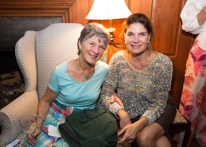 5D3_0162 Bonnie Caie and Lilian Ruiz