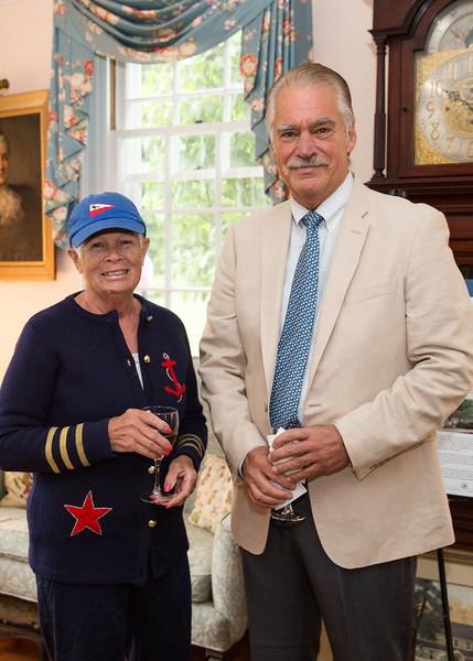 5D3_0010 Betty Shopovick and Bob McKnight