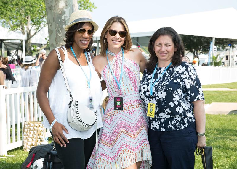5D3_5575 Angela Chambers, Hannah Sotrm and Carmen Belmont