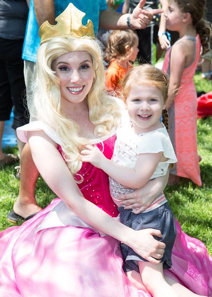 5D3_5446 Princess Aurora and Sienna Wren