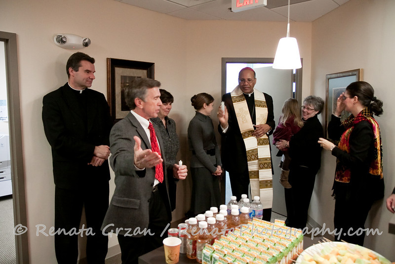 022- Guadalupe Radio Network Blessing - Renata Photography