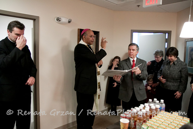 026- Guadalupe Radio Network Blessing - Renata Photography