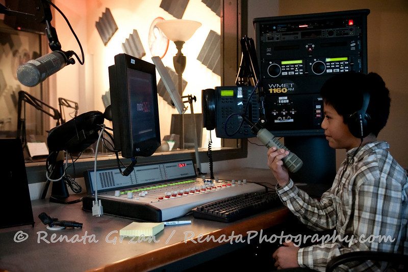 061- Guadalupe Radio Network Blessing - Renata Photography