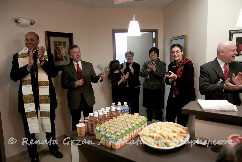008- Guadalupe Radio Network Blessing - Renata Photography