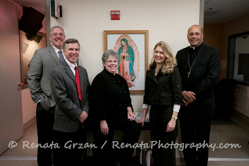 036- Guadalupe Radio Network Blessing - Renata Photography