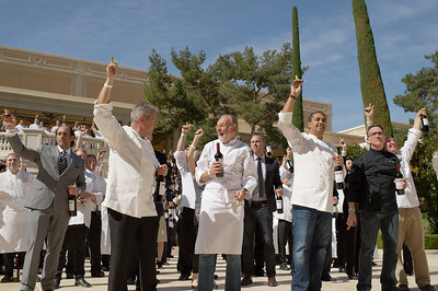 Vegas UncorkÕd Ceremony at Bellagio Vegas Casino sets Guinness World Record for uncorked wine bottles 308 chefs uncorking their wine bottle in 30 seconds as timed by Michael of Guinness World Records Judge on hand from New York City http://member.guinnessworldrecords.com/adj_application/apply.aspx?lang= Photographs by Mark Bowers of ReallyVegasPhoto.com.