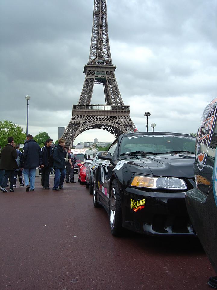 An American (car) in Paris.