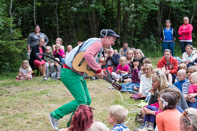 KLATREMUS OG ALLE DE ANDRE DYRENE I HAKKEBAKKESKOGEN Norsk Sceneskrekk  - Bassengparken Gjøvik 24/06/2014  --- Foto: Jonny Isaksen
