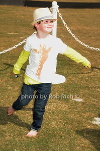 Kelly Klein son Lucas photo by Rob Rich/SocietyAllure.com © 2013 robwayne1@aol.com 516-676-3939