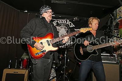 Lou Simon, Ron DeVore Horse Cave Trio