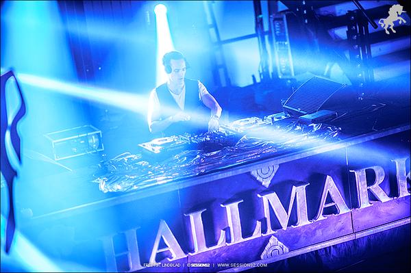 Hallmark 28.2.2015 (web)