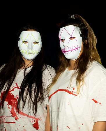 two girls masks 40930