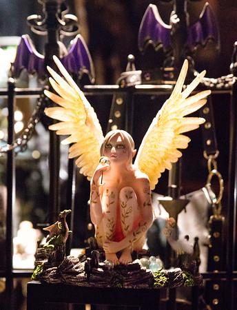 Angel thru window 0911cf ProC