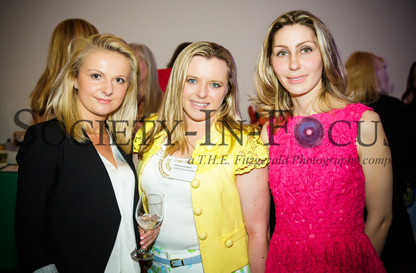Marta Beladidze, Aleksandra Kardwell, Oxana Crawford
