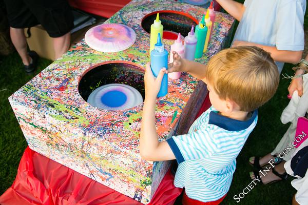 Frisbee Spin Art