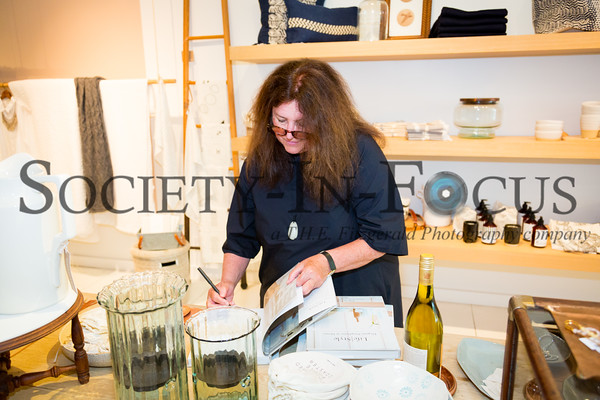 "Book Signing of ""Tricia Foley Life/Style: Elegant Simplicity at Home"""