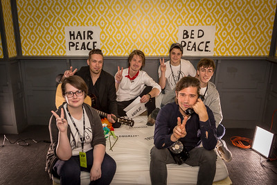 2018_03_15, Austin, SXSW, The Belmont, TX, bed in, peace signs, Hanson, students,