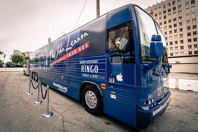 2019_07_07, Birthday, CA, Capitol Records, Los Angeles, Ringo, Bus, Exterior, Establishing
