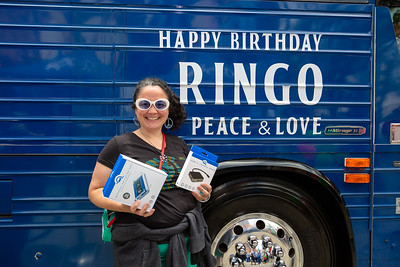 2019_07_07, Birthday, CA, Capitol Records, Los Angeles, Ringo, Bus, Giveaways, OWC, Exterior