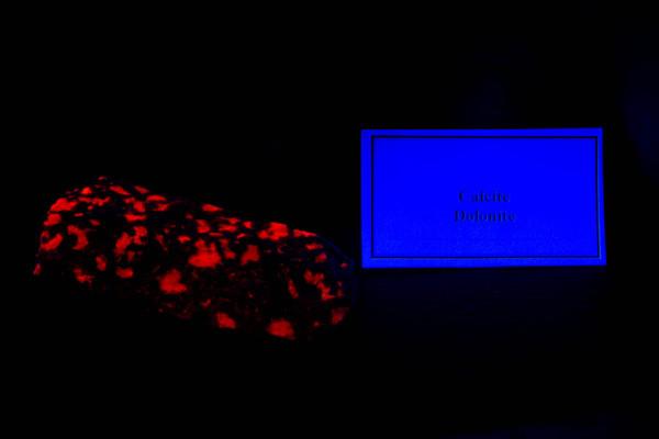 Calcite Dolonite under blacklight
