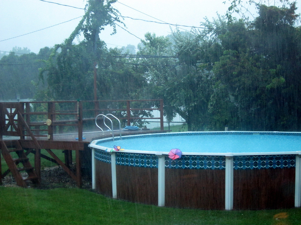 Tropical pool conditions