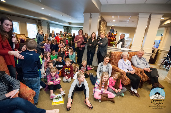 Helping Hands Visits Woodland Terrace
