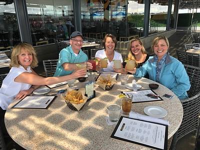 HFA 2019 10 Cheers!